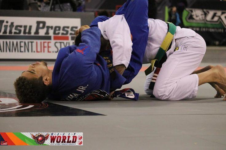 Vídeo: o persistente triângulo de Kennedy Maciel sobre Samir Chantre pelo ouro no Mundial da SJJIF