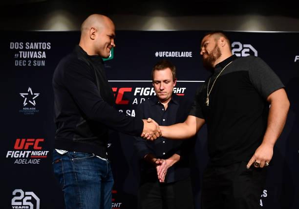 Na casa do rival, ex-campeão Junior Cigano é o favorito contra 'Bam Bam' no UFC Adelaide; deixe o seu palpite