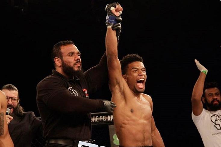 Resultado de imagem para Garçom-lutador relembra nocaute mais rápido da história do Future MMA