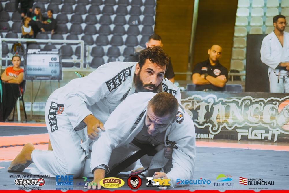Com brilho do ex-UFC Alberto Uda, Circuito Stance de Jiu-Jitsu agita Blumenau; veja