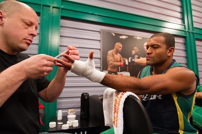 Ex-TUF Brasil, Cleiton Foguete faz duelo principal do Future MMA 8 de olho em oportunidades para 'alavancar carreira'
