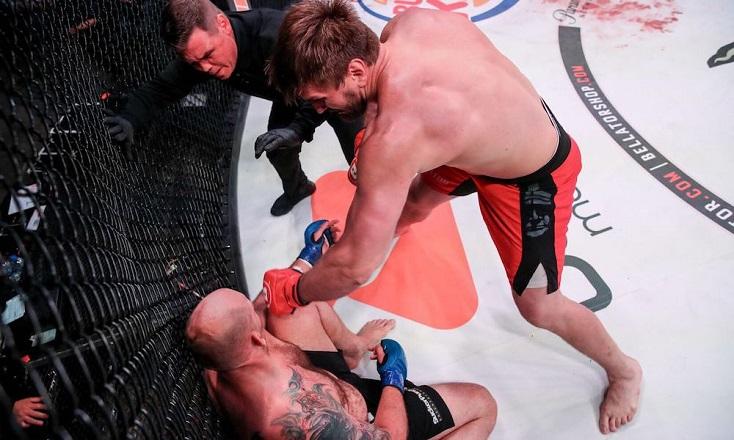 Vídeo: com protagonismo de russos nas lutas principais, Bellator 225 tem nocautes empolgantes no card; assista
